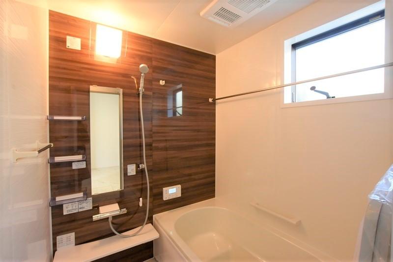 熊本市北区龍田8丁目 新築一戸建て 8号地モデルハウス・浴室換気乾燥機付きで室内干しにも便利な浴室