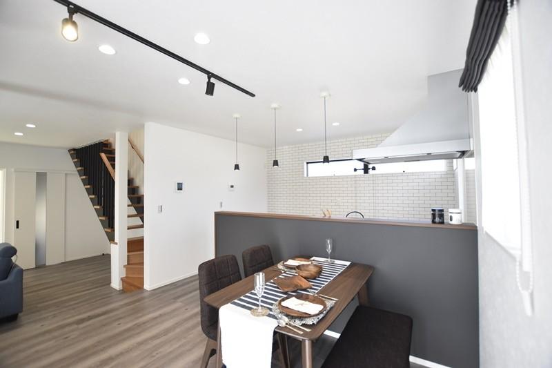 熊本市北区龍田8丁目 新築一戸建て 4号地モデルハウス・LDK