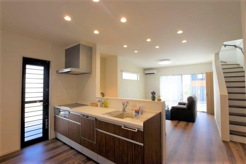 熊本市北区龍田8丁目 新築一戸建て 8号地モデルハウス・対面式キッチン