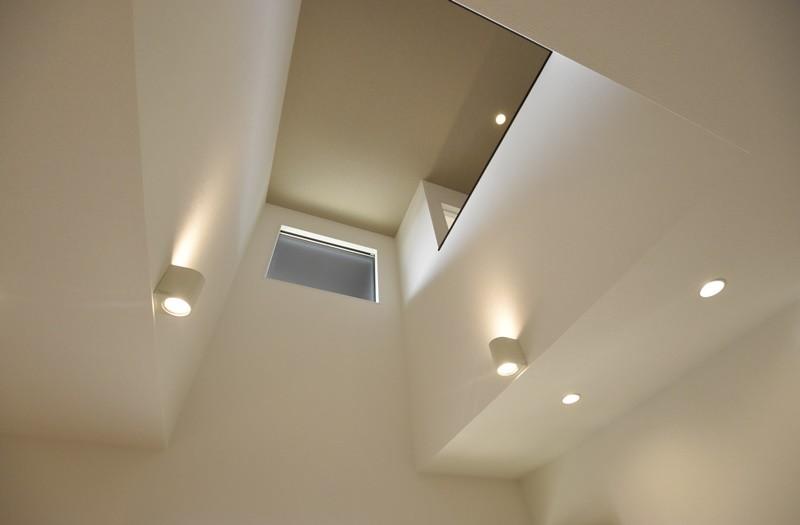 熊本市西区小島5丁目 新築一戸建て 11号地モデルハウス・開放的なリビング吹き抜け