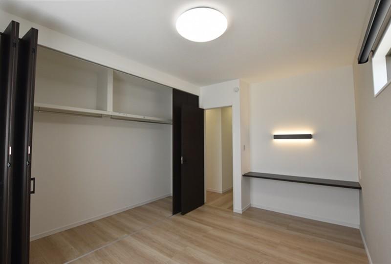 熊本市西区小島5丁目 新築一戸建て 13号地モデルハウス・1階に設けた主寝室