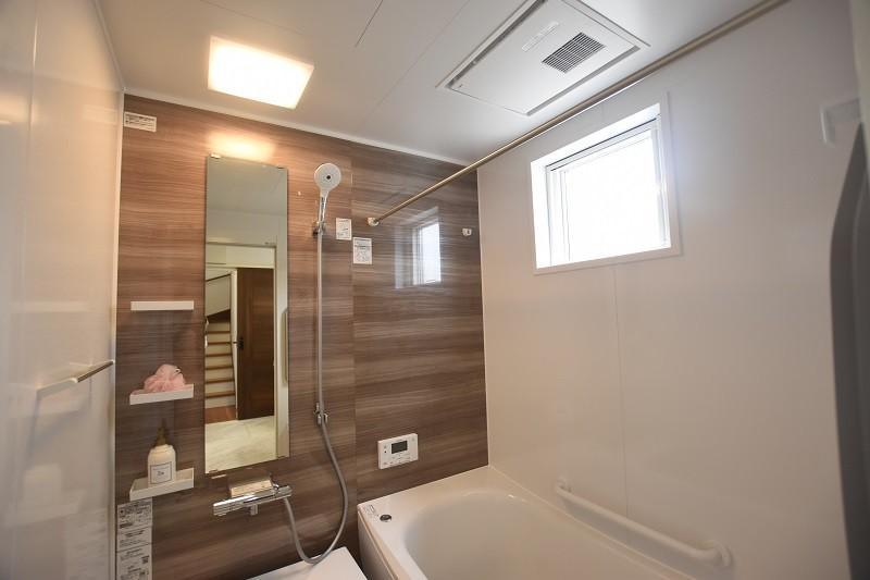 熊本市東区佐土原1丁目 新築一戸建て 3号地モデルハウス・浴室換気乾燥機付きで室内干しにも便利な浴室