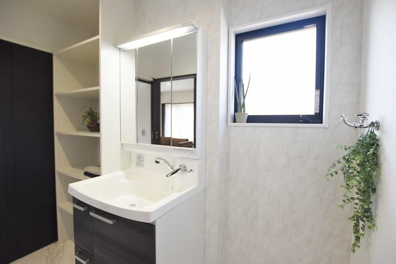 熊本市東区佐土原1丁目 新築一戸建て 2号地モデルハウス・洗面脱衣室