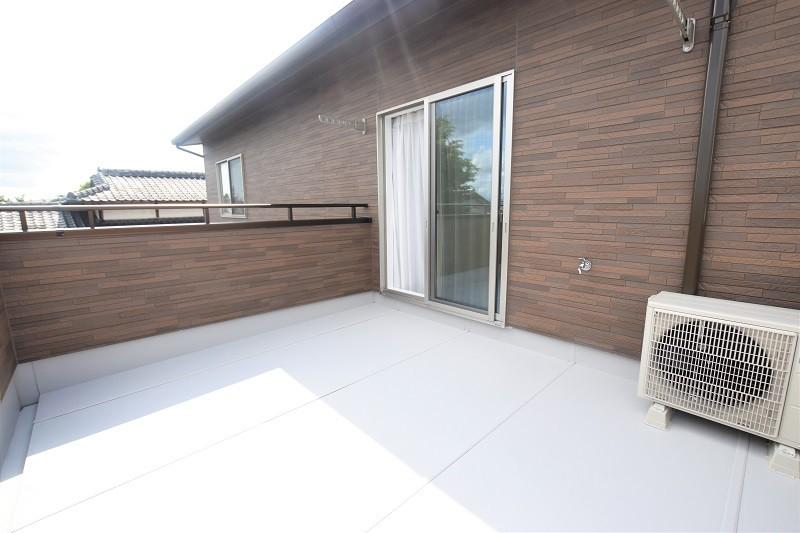 熊本市東区佐土原1丁目 新築一戸建て 3号地モデルハウス・2階バルコニーには水道付き