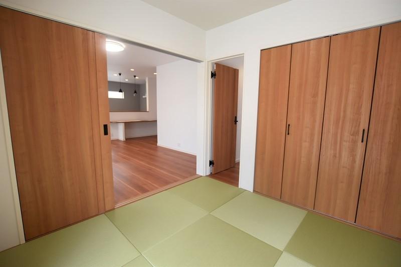熊本市西区小島5丁目 新築一戸建て 2号地・リビングと続き間の和室