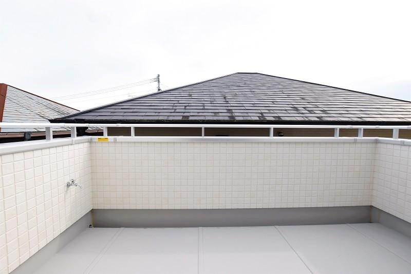 熊本市東区小山5丁目 新築一戸建て 4号地モデルハウス・水栓付きのバルコニー