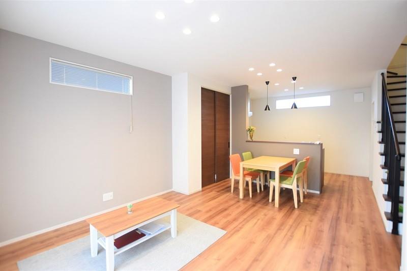 熊本市東区戸島3丁目 新築一戸建て 2号地モデルハウス・家族が集まる明るいリビング