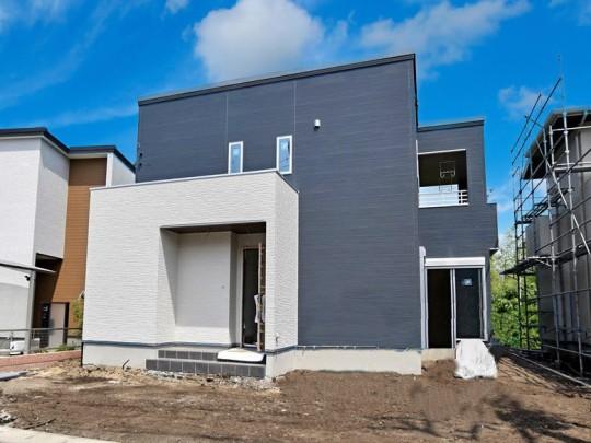 菊陽町久保田 新築一戸建て トレステージ菊陽町役場前Ⅱ3号地モデルハウス 建築途中外観