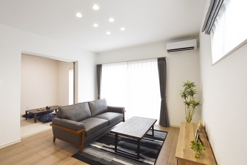 熊本市南区富合町志々水 新築一戸建て 4号地モデルハウス リビング・和室