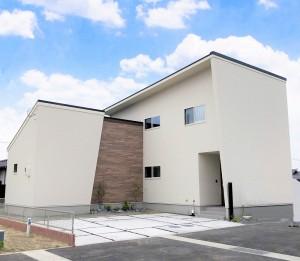 熊本市西区中島町 新築一戸建て 5号地モデルハウス外観