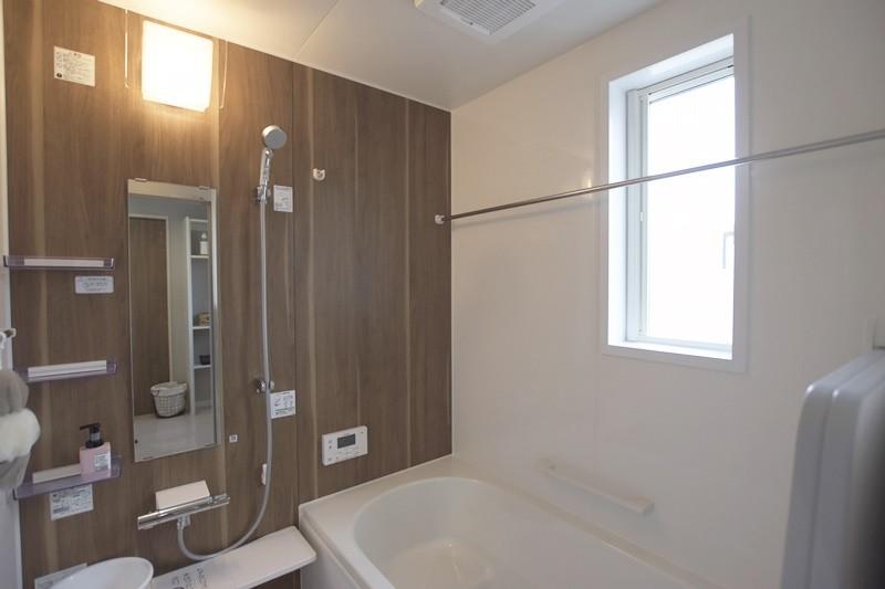 熊本市東区長嶺東5丁目 新築一戸建て 3号地モデルハウス・浴室換気乾燥機付きで室内干しもできる浴室