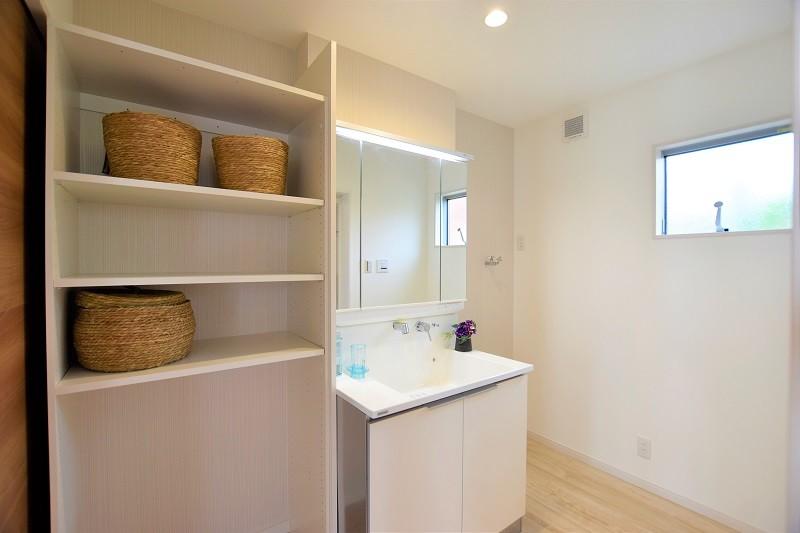 熊本市東区月出4丁目 新築一戸建て 3号地モデルハウス・洗面脱衣室