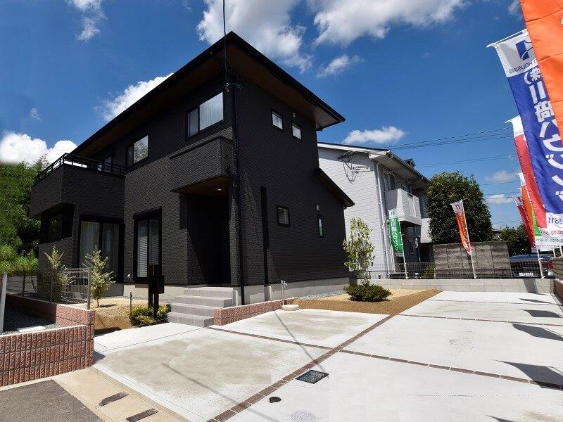 熊本市北区龍田7丁目 新築一戸建て トレスレージ龍田7丁目 5号地モデルハウス 外観