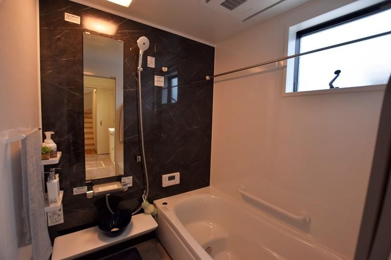 熊本市南区合志2丁目 新築一戸建て トレステージ力合小学校南5号地モデルハウス 浴室