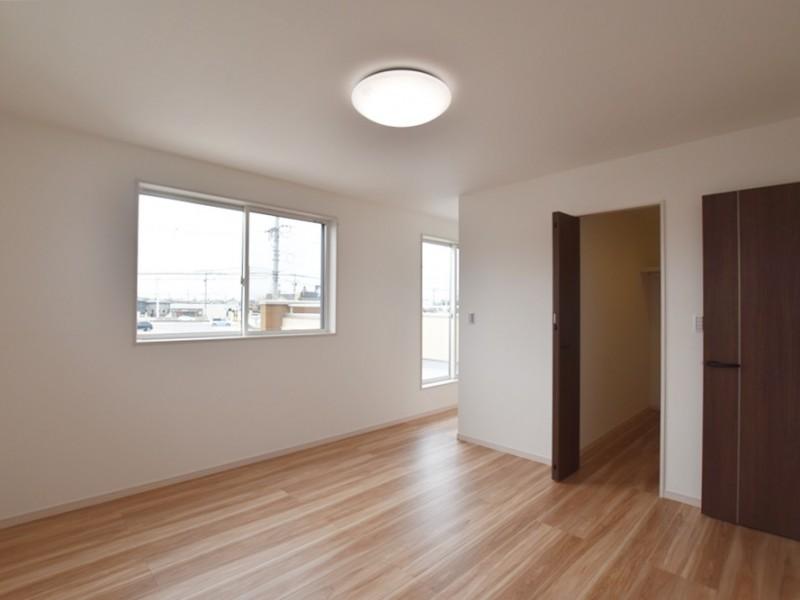 3号地 ウォークインクローゼットも書斎スペースもある11帖の寝室