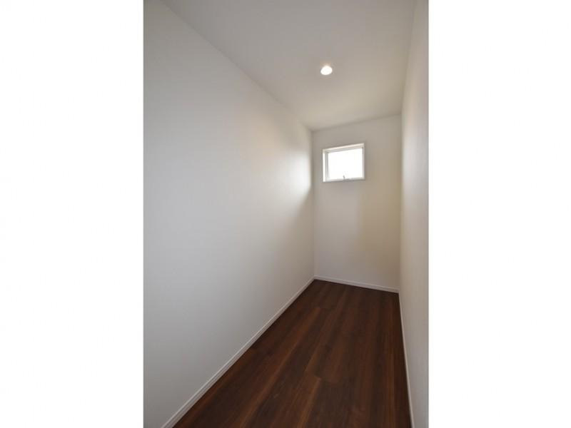 4号地 2階には納戸が設けられています。