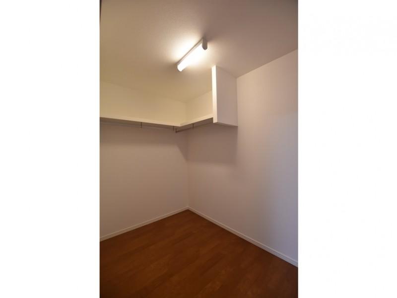 10号地:驚く広さ!寝室のウォークインクローゼット