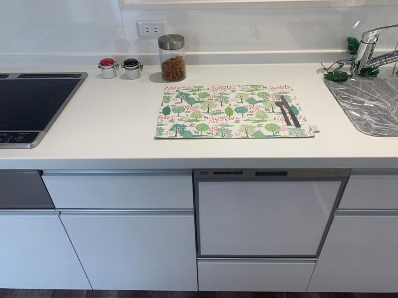 1号地 作業台横幅94㎝ 今お使いのキッチンと是非比べてみて下さい!