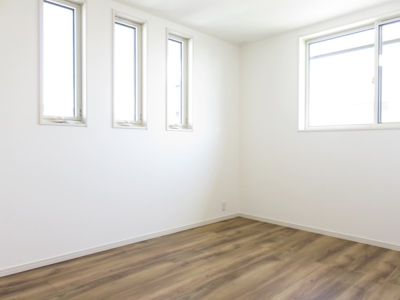 2号地洋室:各洋室は6帖+クローゼット付きとゆとりの広さです。
