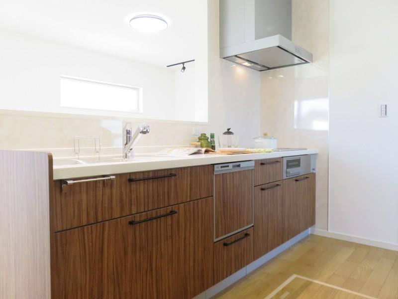 2号地キッチン:食洗機付きのキッチンで、毎日の家事を少しでも楽にしてみませんか?