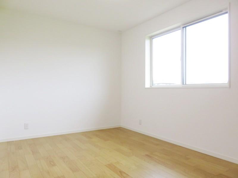 1号地洋室:各洋室とも6帖+クローセット付とゆとりの広さです。