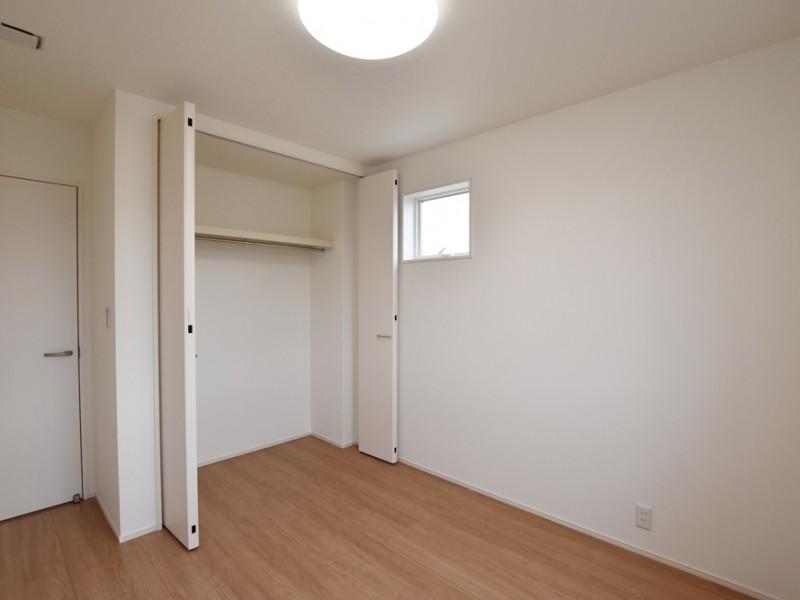 1号地 2階5.2帖の洋室A