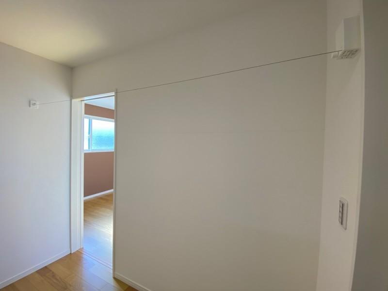2号地 2階に物干しワイヤー設置!花粉症対策になりますね♪