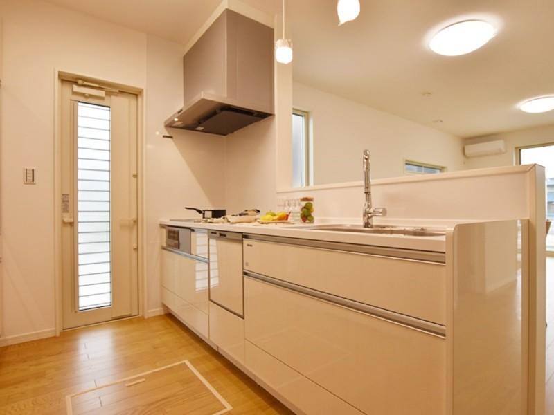 2号地 オール電化×IHクッキングヒーターのキッチン